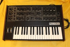 SEQUENTIAL CIRCUITS PRO-1